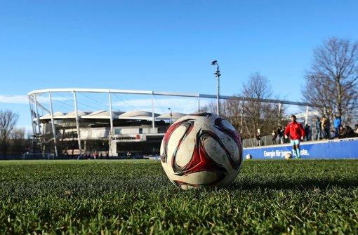Das Testspiel des VfB gegen den 1. FC Nürnberg fand unter Ausschluss der Öffentlichkeit statt Foto: Baumann