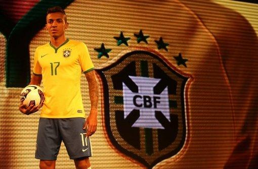 Brasilien stellt Trikots vor