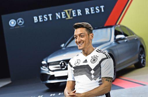 Warum Özil & Co. das Werbegeschäft für Daimler riskanter machen