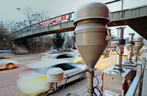 Neuer Straßenbelag soll Stickoxide fressen