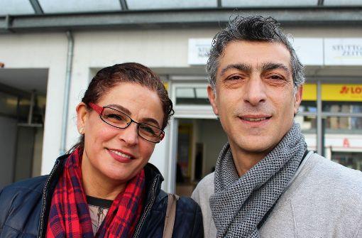 Bei Fidan und Cemal Yildiz kann man künftig Zeitungen kaufen, Kaffee trinken, Lotto spielen und Pakete abgeben. Foto: Caroline Holowiecki