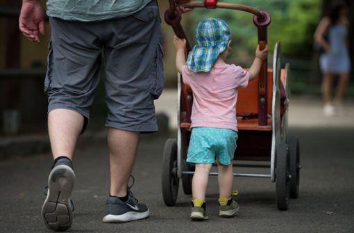 Staatssekretärin will Eltern den Klaps auf den Po verbieten