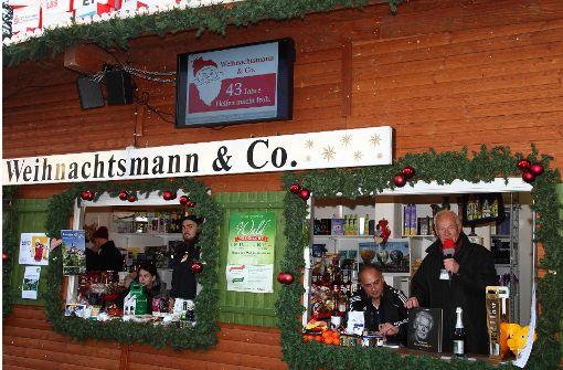 Der Stand von Weihnachtsmann & Co.  Foto: Helmut Ulrich
