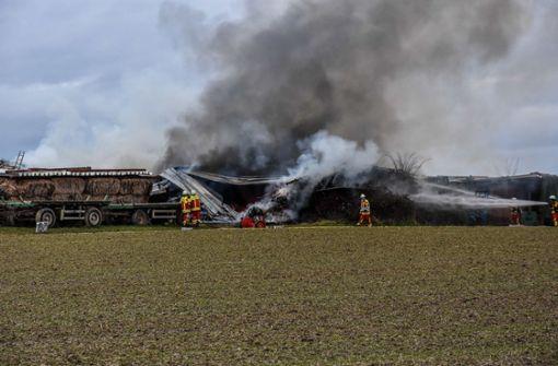 Traktoren ausgebrannt: Junge hat gezündelt