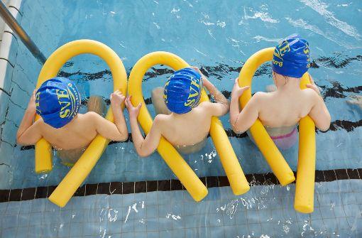 Laut DLRG können ein Drittel der Kinder heute nicht schwimmen. Foto: dpa