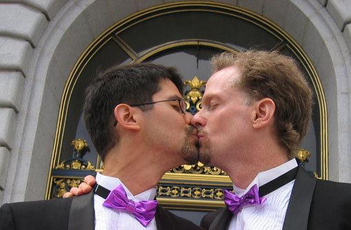 Homosexuelle dürfen im Rathaus heiraten