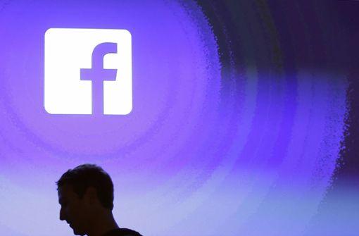 Investoren und Politiker nehmen Facebook in die Zange
