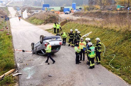 Autofahrerin verwechselt Ausfahrt und schanzt durch Baustelle