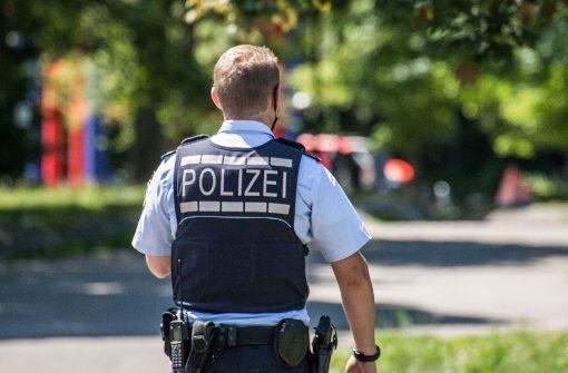 Mann dringt bewaffnet in Schule ein