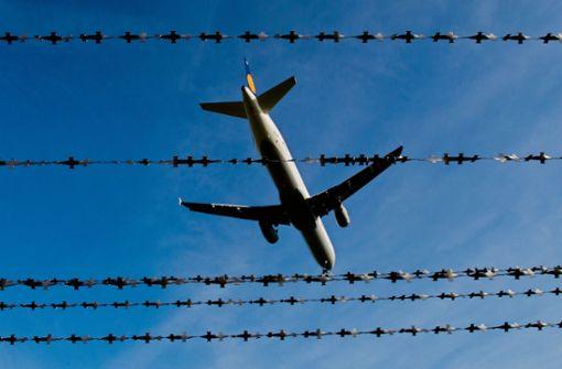 Drei Menschen nach Afghanistan abgeschoben