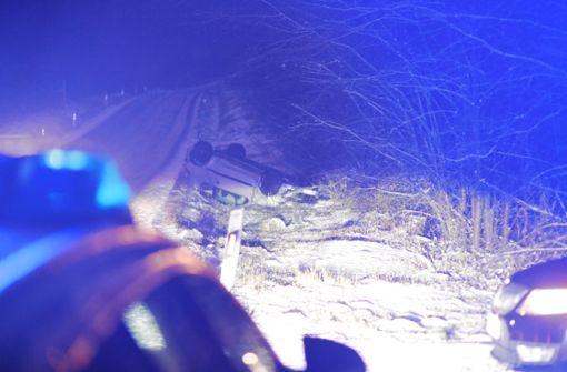Offenbar war Eisglätte die Ursache für den Unfall, der sich gegen 16.35 Uhr bei Asemwald ereignete. Foto: 7aktuell.de/David Skiba
