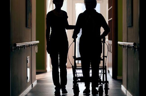 Altenpflege und Rückenschmerzen