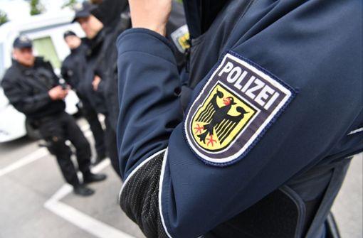 Die Bundespolizei rückte an (Symbolbild). Foto: dpa