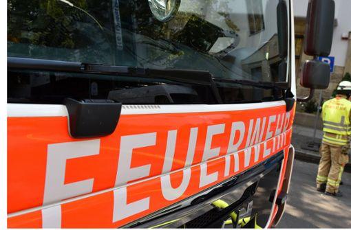 Fünf Menschen verletzen sich bei Küchenbrand
