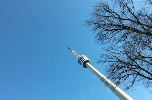 Während der vergangenen drei Jahre konnten Besucher den Fernsehturm nur von unten betrachten. Foto: Sägesser
