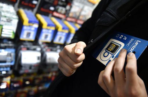 Ladenbesitzer überlistet Diebe mit billigem Trick