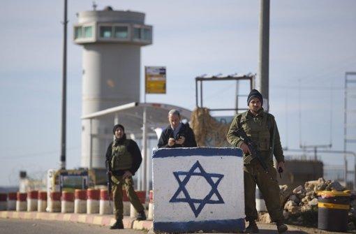 Soldaten erschießen Palästinenser nach Messerattacke