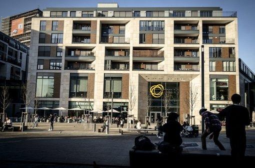 Einkaufszentrum und Mailänder Platz locken Jugendliche an Foto: Lichtgut/Leif Piechowski