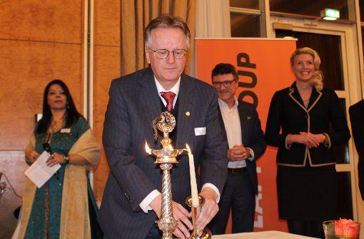 Unternehmer feiert Indien