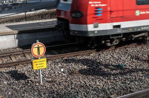 Die Bahn sperrt wieder die Gleise