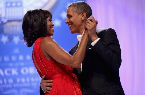 Ein Tänzchen zur Vereidigung: US-Präsident Barack Obama und seine Frau Michelle Foto: dpa