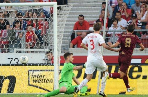 Ein Missverständnis zwischen Sven Ulreich und Benedikt Röcker führte zum 0:1 –  Note 3 Foto: dpa