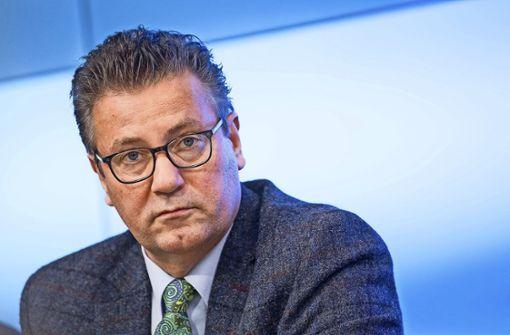 Minister Hauk nimmt umstrittene Aussage zurück