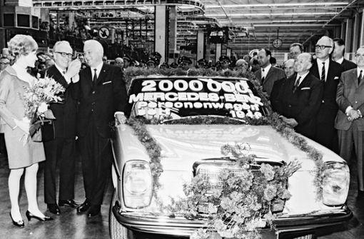 Hier feiert man das 200.000 verkaufte Exemplar. Foto: Daimler AG