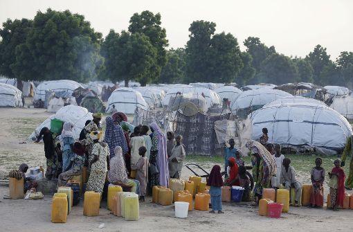 Mindestens 50 Tote in Flüchtlingslager