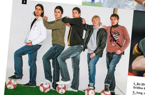 Lang, lang ist's her: Sami Khedira, Serdar Tasci, Mario Gomez, Andreas Beck und Christian Gentner (von links) in ihrer gemeinsamen Zeit beim VfB Stuttgart.Foto:DFB-Stadionmagazin Foto: