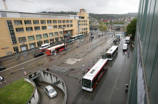 Kommt die Esslinger Bücherei an den Busbahnhof?