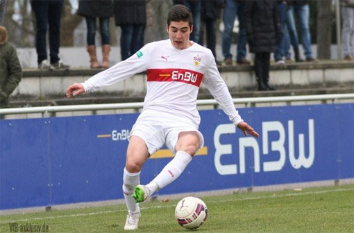 Enes Türköz und die B-Junioren des VfB Stuttgart verbuchten mit dem 1:0 gegen den TSV 1860 München den sechsten Sieg in Serie.  Foto: Lommel