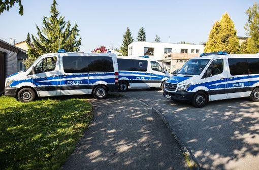 Festgenommen wurde der Mann in Tübingen, doch da er in Rottenburg eine Wohnung gemietet hatte, war auch dort das Polizeiaufgebot groß (unser Bild). Foto: dpa