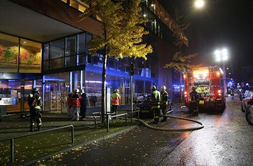 Ein Schwerverletzter bei Brand in Mehrgenerationenhaus