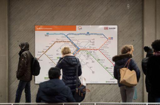 Mit der S-Bahn zum Konzert und zurück? Älteren Menschen sei das schwerlich zuzumuten, meint Konzertveranstalter Michael Russ Foto: dpa