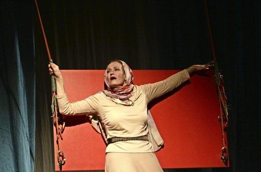 "Martina Guse in ""Effi Briest"" Foto: Haymann"