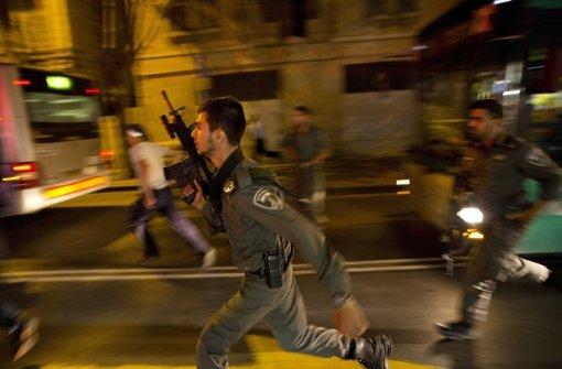 Palästinenser nach Messerattacken erschossen