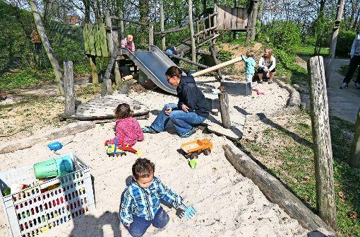 Spätestens im Frühjahr 2018 müssen die zehn Kinder, die bei den  Hohenheimer Küken betreut werden, an einem neuen Ort spielen. Foto: Bosch