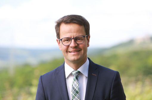 Steffens gewinnt im ersten Wahlgang