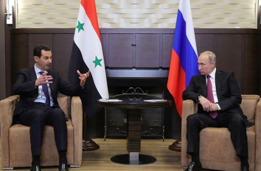 Syrischer Präsident Assad unangekündigt bei Putin