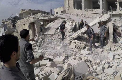 Fast 100 Tote nach Angriffen auf Rebellengebiet