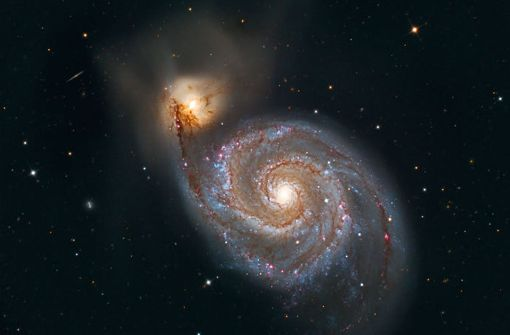 Die Strudel-Galaxie (M 51) im Sternbild der Jagdhunde - einer der schönsten Spiralnebel am nördlichen Sternenhimmel. M 51 ist ein gewaltiges Milchstraßensystem in rund 25 Millionen Lichtjahren Entfernung. Foto: Sternwarte Welzheim