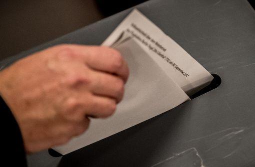 Warum man ohne Personalausweis wählen darf