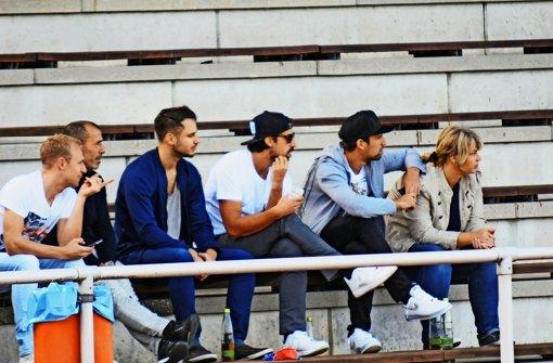 Sami Khedira bringt Nebensitzer zum Lachen
