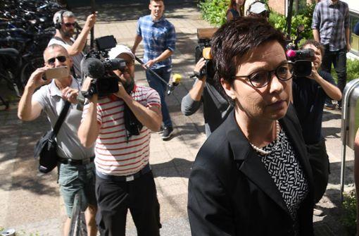 Die Bamf-Chefin Jutta Cord in Bremen – jetzt ermittelt sogar die Bundespolizei. Foto: dpa