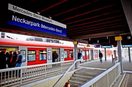 Seit sieben Jahren fertig, jetzt abgerechnet: Die S-Bahn-Haltestelle bei der Mercedes-Benz-Arena ist viel teurer geworden als geplant. Foto: Peter Petsch