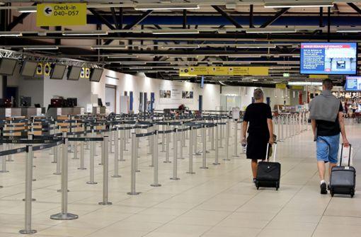 Viele Maschinen stehen bei Ryanair still. Tausende Passagiere kommen nicht wie geplant an ihr Ziel. Foto: dpa