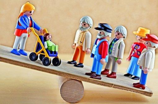Gefährliche Schieflage: Nach einer Untersuchung wollen knapp zwei Drittel der 50- bis 64-Jährigen vorzeitig in Rente gehen Foto: dpa