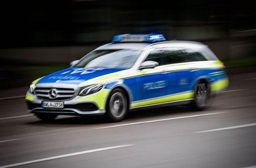18-Jähriger in S-Bahn geschlagen und ausgeraubt