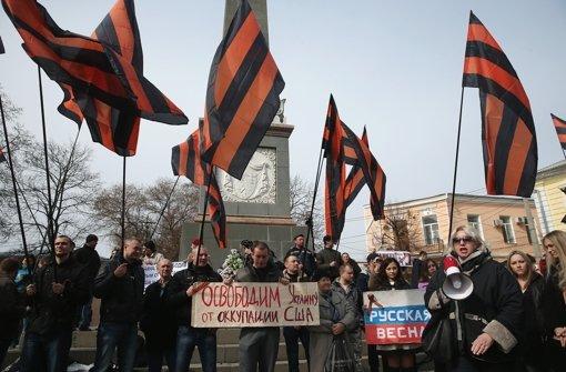 Pro-Russische Sympathisanten in Simferopol. Foto: Getty Images Europe
